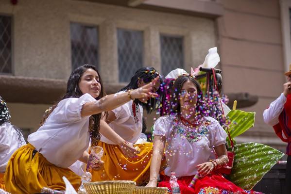 voyage equateur carnaval