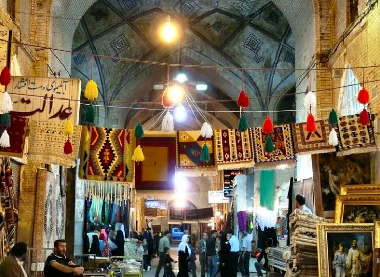 Le bazar et la mosquée de Vakil à Chiraz
