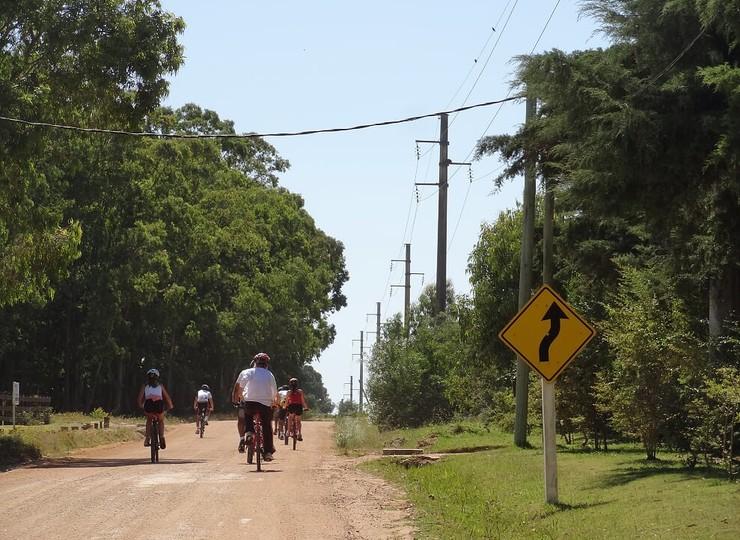 Uruguay Voyage Colonia biketour