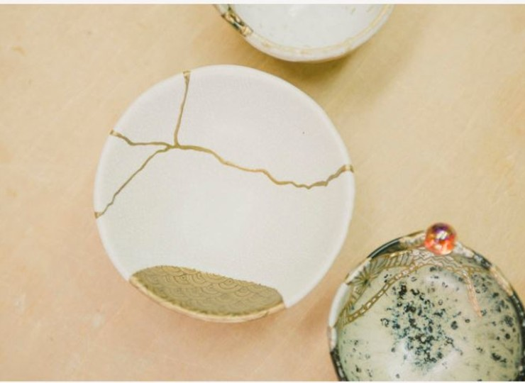 KINTSUGI - L'art de réparer les blessures avec de la feuille d'or