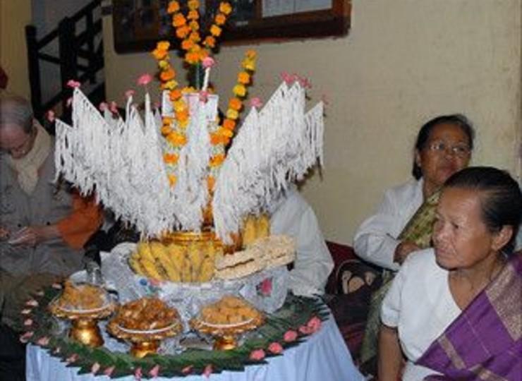 Assistez à une cérémonie du Baci chez un habitant qui vous ouvre les portes de sa maison