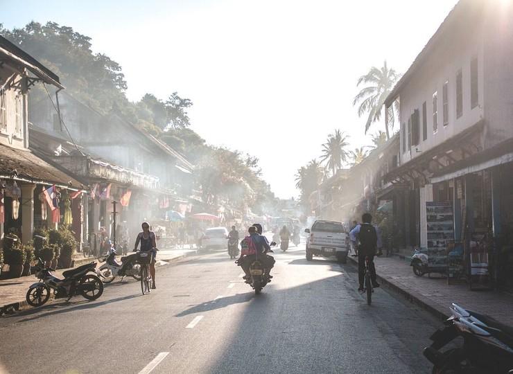 Rencontre avec un expert de l'UNESCO – Soirée apéritif et discussion à Luang Prabang