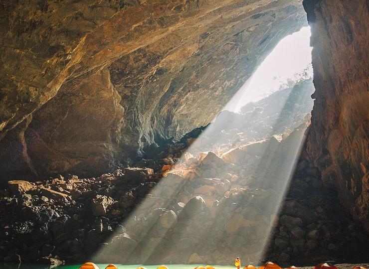 Expédition dans les grottes de Phong Nha N.P.