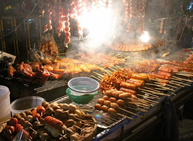 Tour gastronomique en tuk-tuk