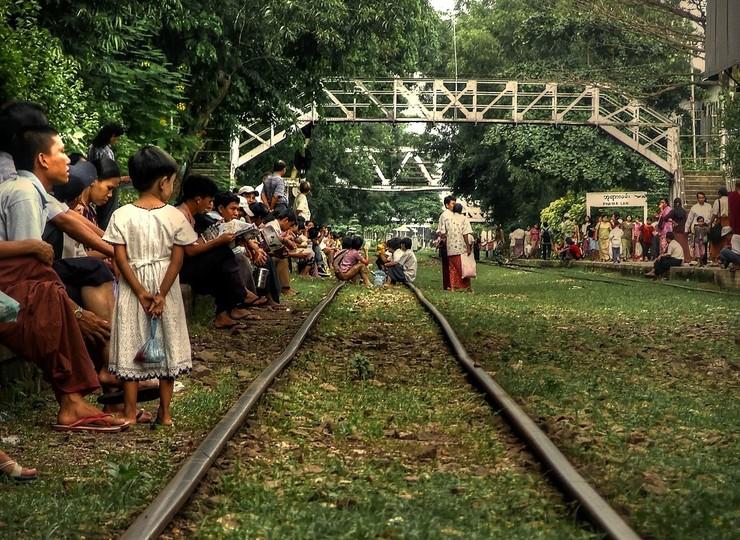 Découverte du train circulaire de Yangon