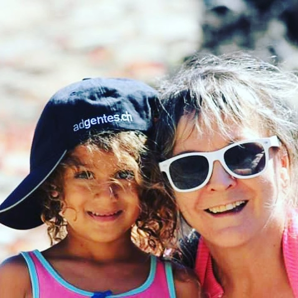 [#travel to #capoverde] 🌍☀️ 🇨🇻 🇨🇻 🇨🇻 Thanks to Christine our #leisuretraveler to #share her #holidaypics.  She discovered #fogo and #tarrafal. All over she enjoys #sun and #warmweather. #fogoisland #tarafal #capoverde2018 #capoverdeisland #travelspecialist #travelphotography #traveldiaries_around #endlesssummertour #holidaypictures #warmwelcome #newmemories #volcanfogo #fogovolcano #tarrafalcaboverde