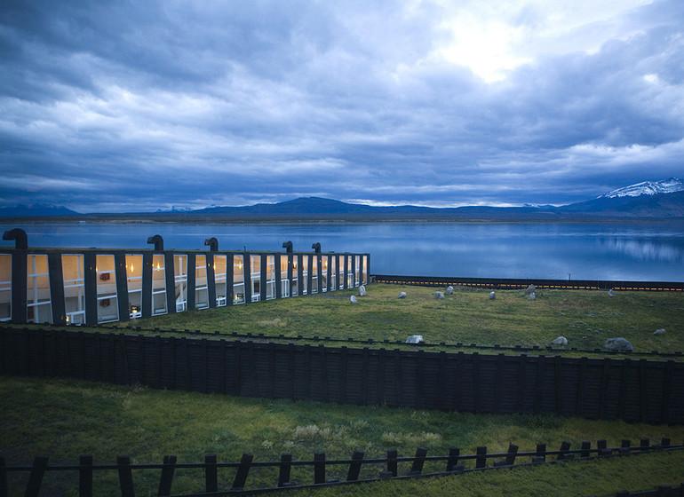 Chili Voyage Remota extérieur avec vue sur Ultima Esperanza