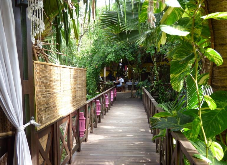 Brésil Voyage Pipa Thalassa Pousada passerelles jardin