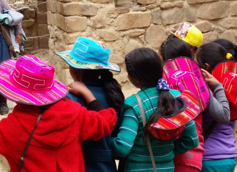 Pérou Voyage enfants colorés sortie de classe