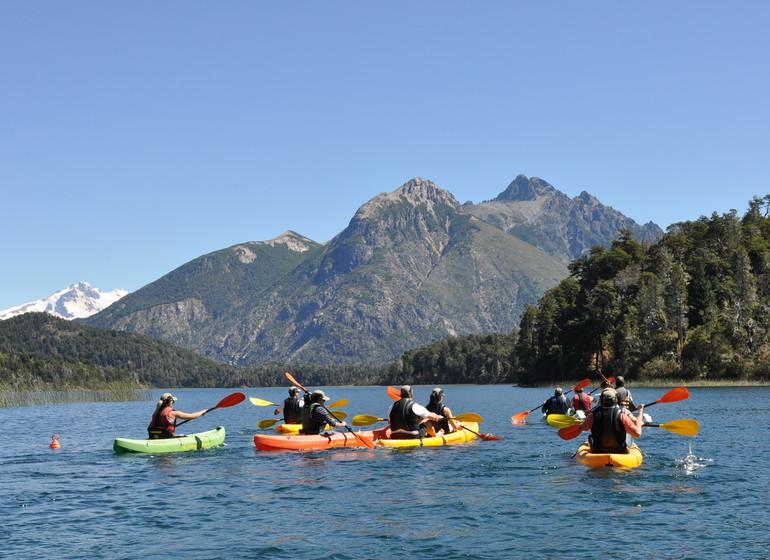 Argentine Voyage Patagonie Llao Llao canoë sur le Lago Nahuel Huapi
