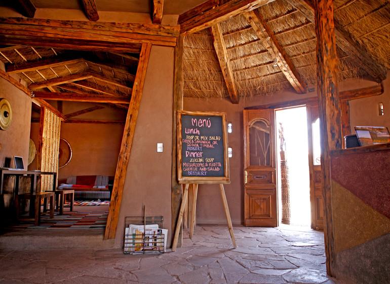 Chili Voyage Altiplanico Hotel bar