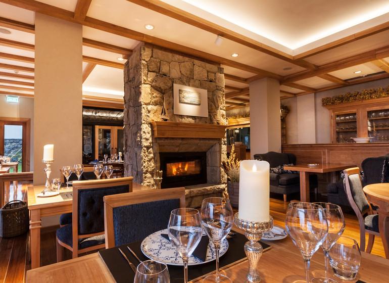 Argentine Voyage Lago Nahuel Huapi Villa Beluno restaurant