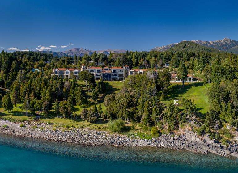 Argentine Voyage Lago Nahuel Huapi Villa Beluno vue aérienne