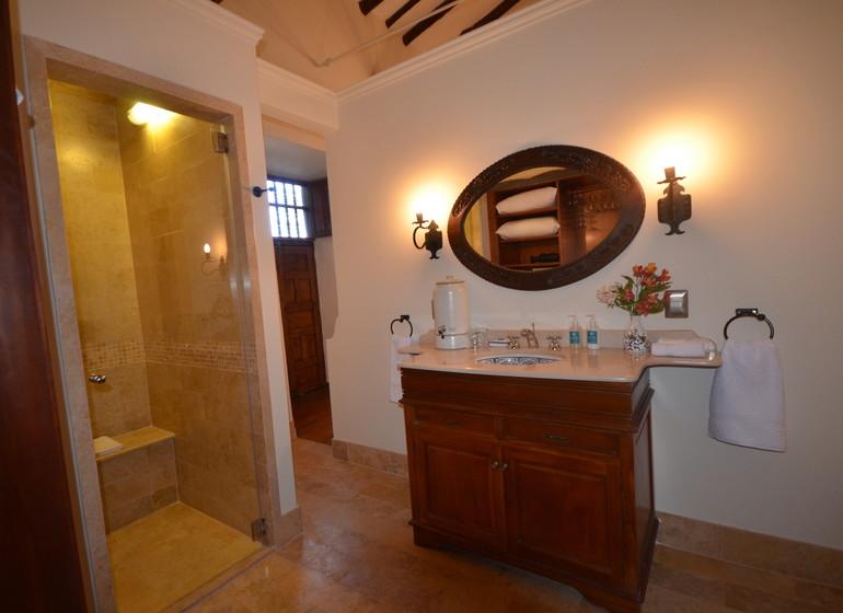 Pérou Voyage Cusco Palacio Manco Capac salle de douche