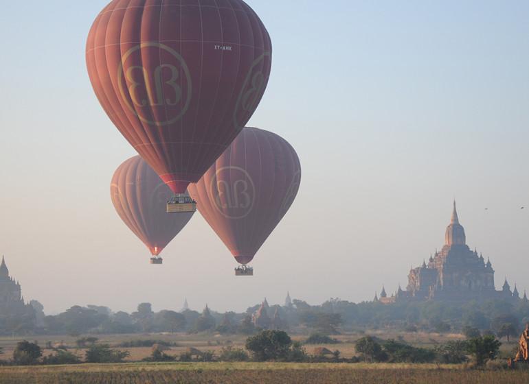 Au fil de l'eau de Bagan à Mandalay