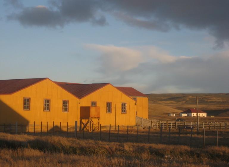 Chili Voyage casas amarillas en Patagonie