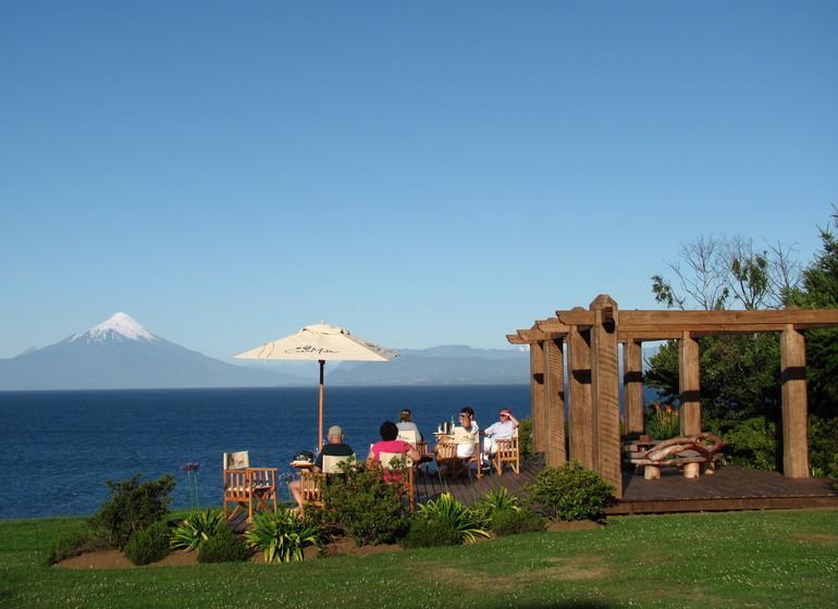 Chile Voyage Casa Molino terrasse avec vue sur volcans