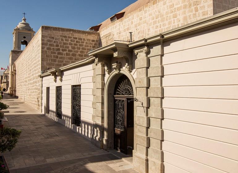 Pérou Voyage Cirqa hotel Arequipa bâtisse de l'extérieur