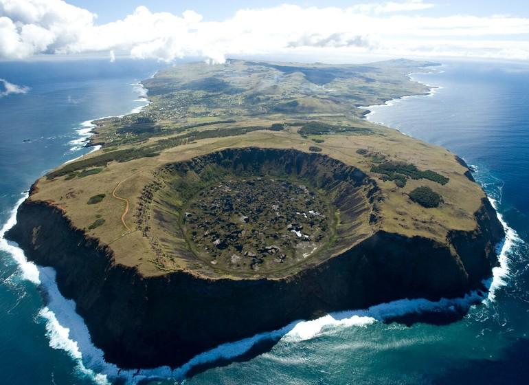 Chili Voyage Île de Pâques volcan