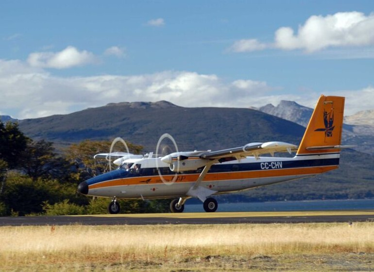 Voyage Patagonie arrivée petit avion