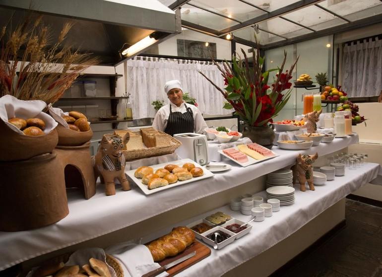 Pérou Voyage Cusco Hotel Encantada buffet petit déjeuner