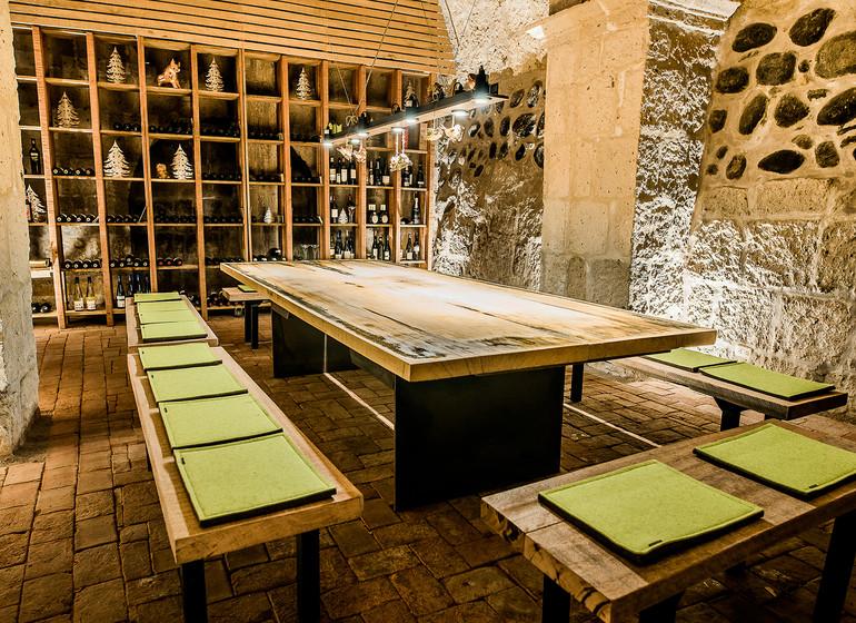 Pérou Voyage Arequipa Palla Boutique restaurant cave à vin