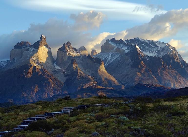 Chili Voyage Explora Patagonia vue de loin avec montagnes
