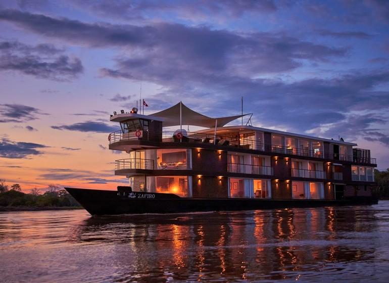 Croisière au cœur de l'Amazonie à bord du MV Zafiro