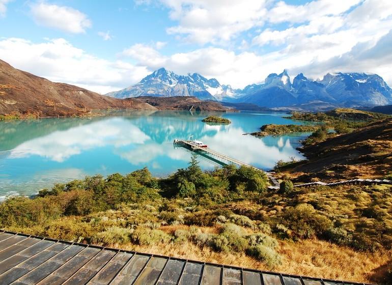 Chili Voyage Explora Patagonia Vue Lac avec embarcadère