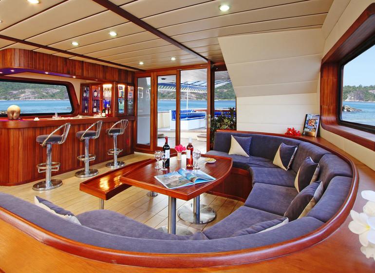 Silhouette Cruises