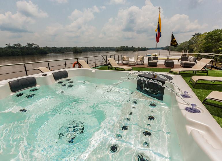 Croisière sur la rivière Napo : M/V Manatee Amazon Explorer