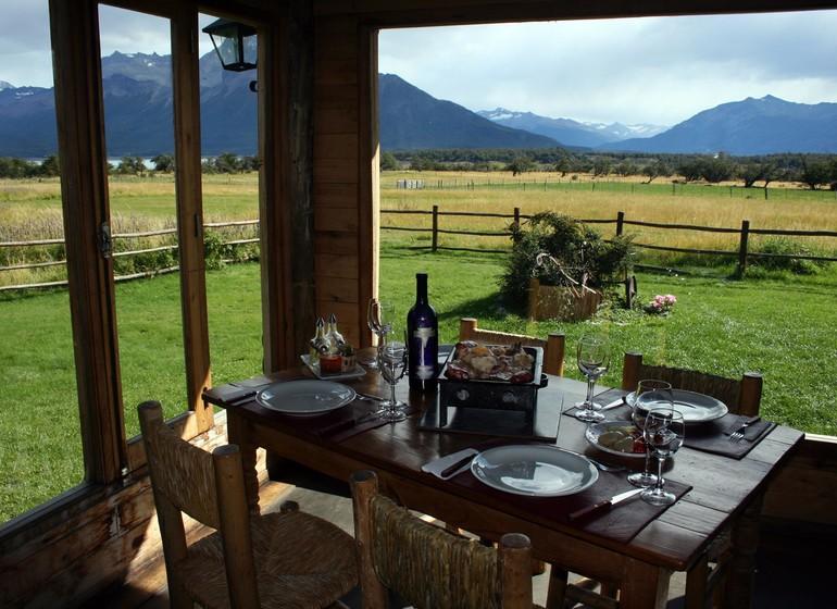 Argentine Voyage Nibepo Aike vue depuis restaurant