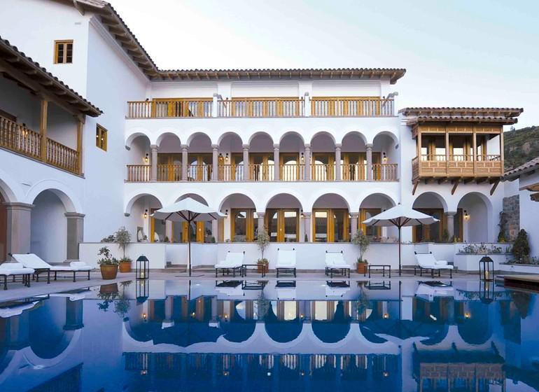 Pérou Voyage Cusco Palacio Nazarenas extérieur avec piscine