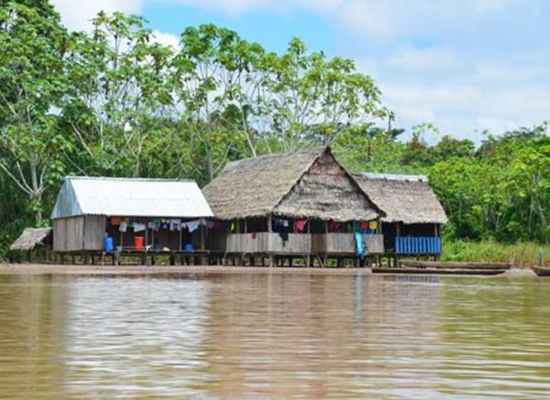 Pérou Voyage Amazonie Nord du Pérou maisons sur pilotis