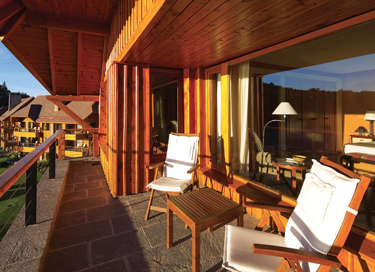 Argentine Voyage Patagonie Llao Llao suite veranda
