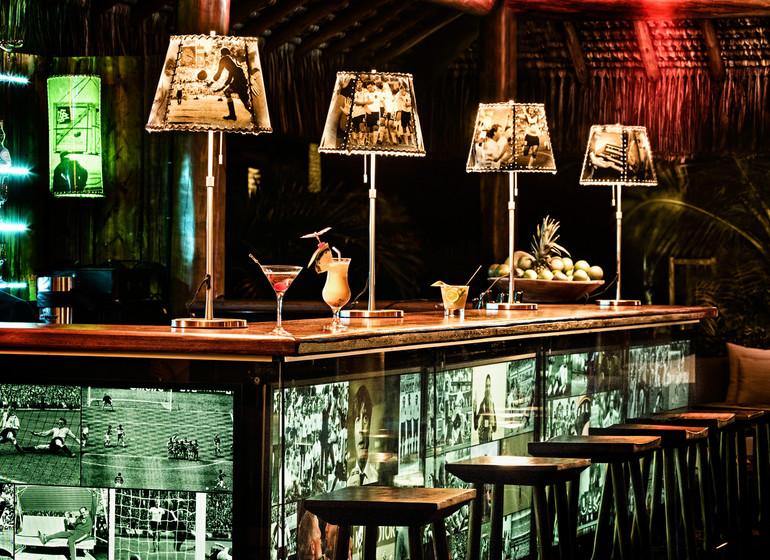 Brésil Voyage Campo Bahia Hotel bar le soir