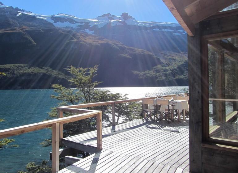 Argentine Voyage Patagonie Aguas Arriba Lodge terrasse