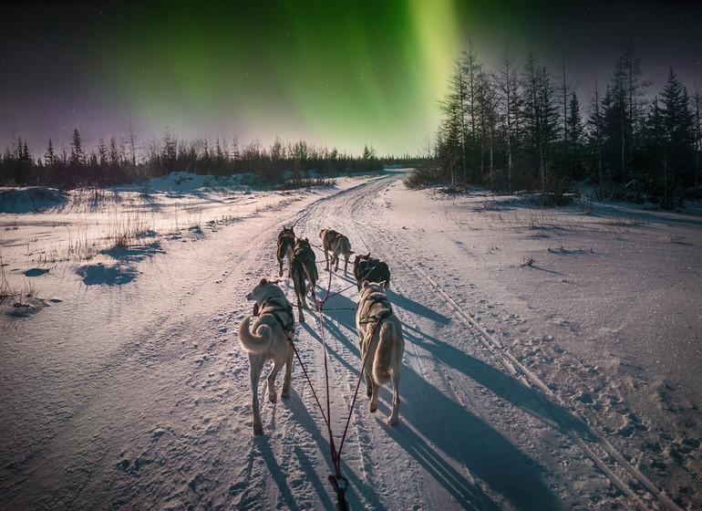 Au-delà du cercle polaire