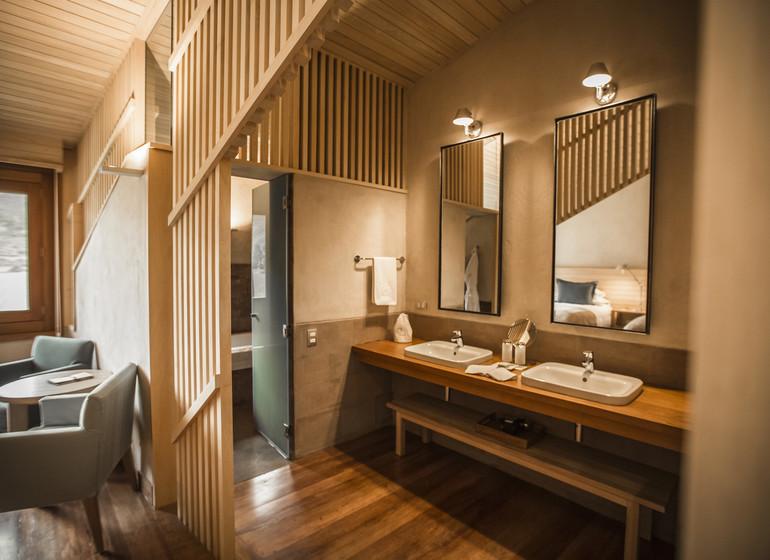 Pérou Voyage Explora Vallée Sacrée suite avec entrée salle de bains
