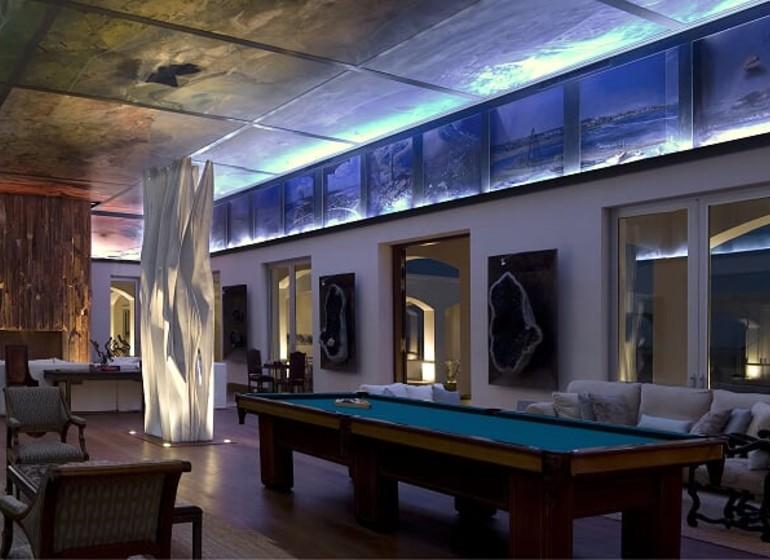 Uruguay Voyage José Ignacio Estancia Vik salle de jeux avec oeuvres d'art