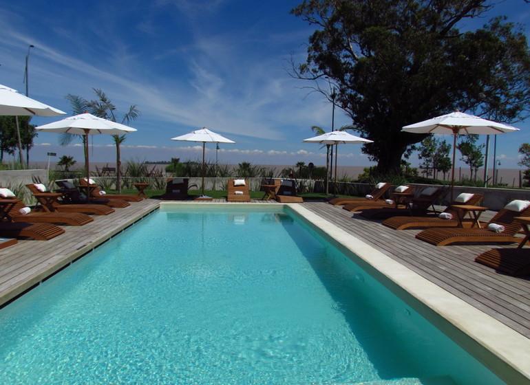 Uruguay Voyage Colonia Riverside piscine