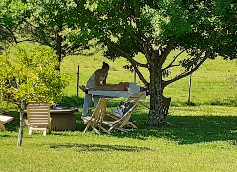 Uruguay Voyage Lavalleja Balcon del Abra massages dans le jardin