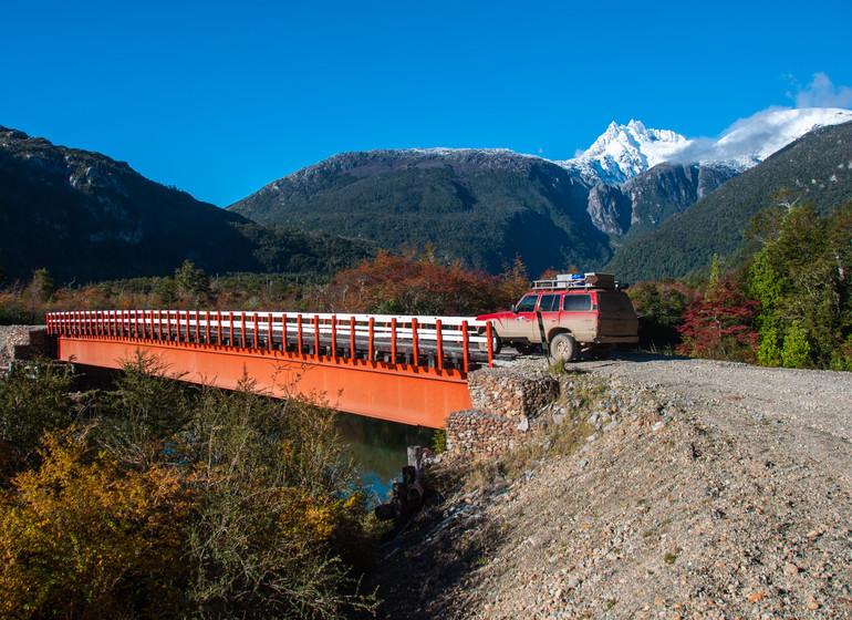 Chili Voyage Carretera Austral Pont rouge