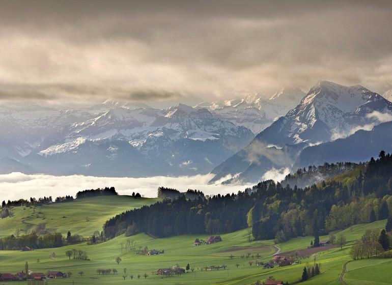 Voyage en Suisse village et canton Oberland Bernois
