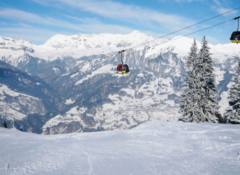 Ski in Switzerland
