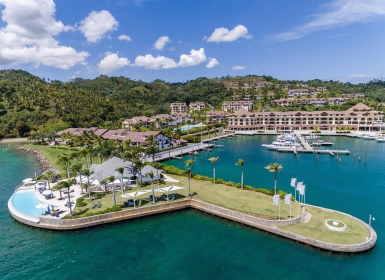 Bannister Hotel & Yacht Club